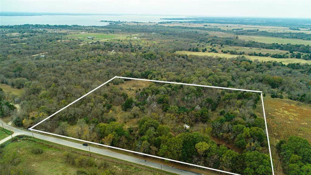 602 County Road 2240 - Photo 1