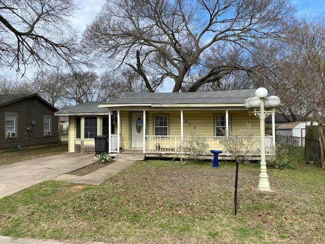 608 Odell Street, Cleburne, TX 76033 (MLS #14480533) :: The Kimberly Davis Group