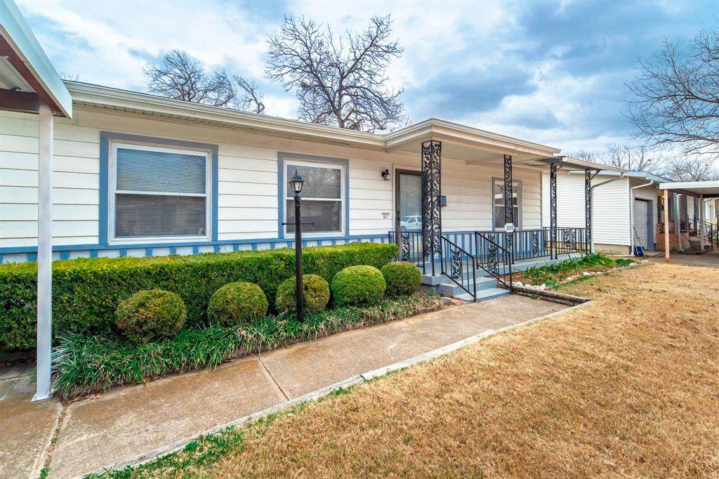 805 Harmon Terrace - Photo 1