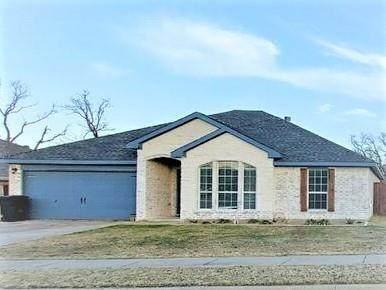 700 Kriston Drive, Azle, TX 76020 (MLS #14497593) :: The Good Home Team