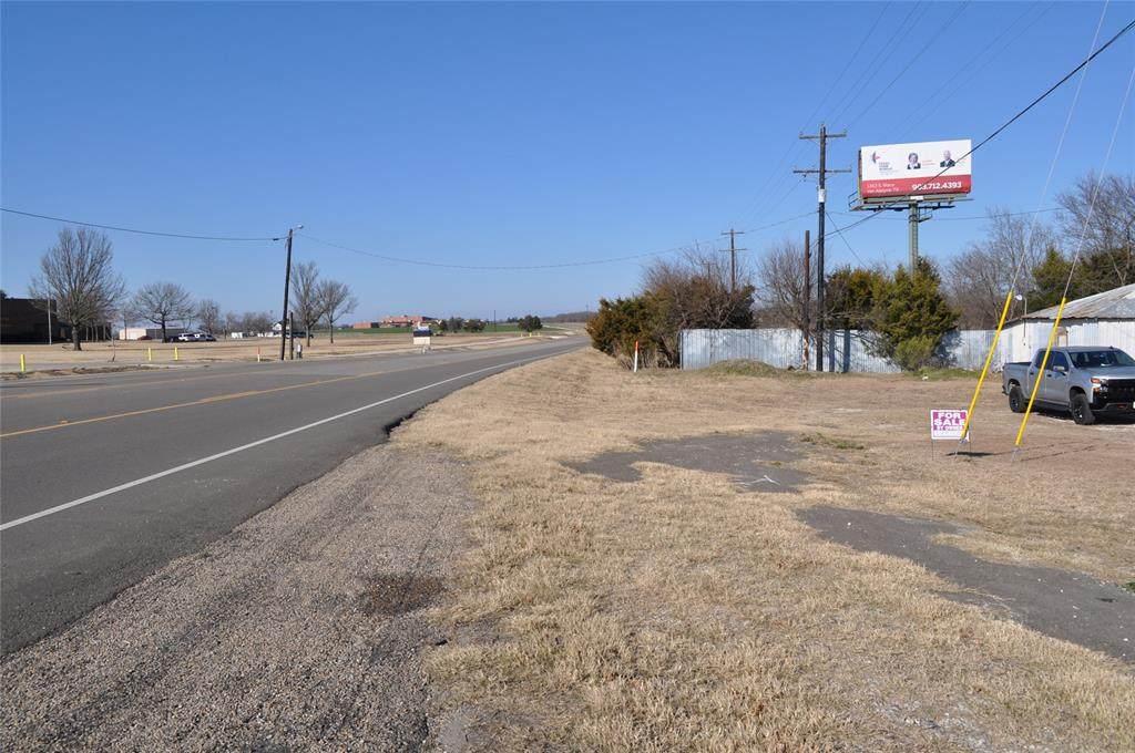 1205 Waco - Photo 1