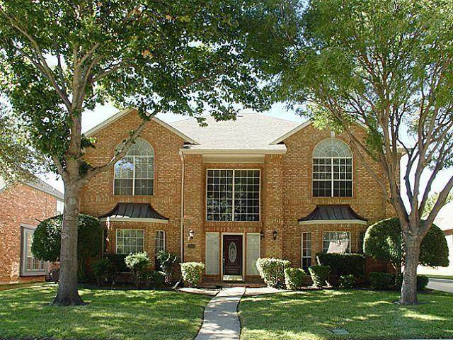 3203 Willow Ridge Trail, Carrollton, TX 75007 (MLS #14501150) :: The Good Home Team