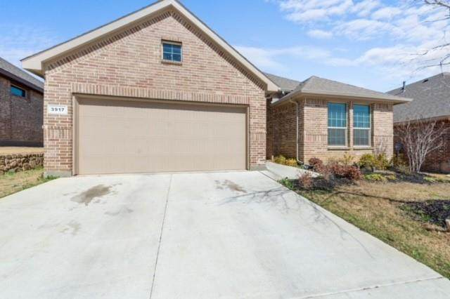 3917 Esker Drive, Fort Worth, TX 76137 (MLS #14532784) :: Team Hodnett
