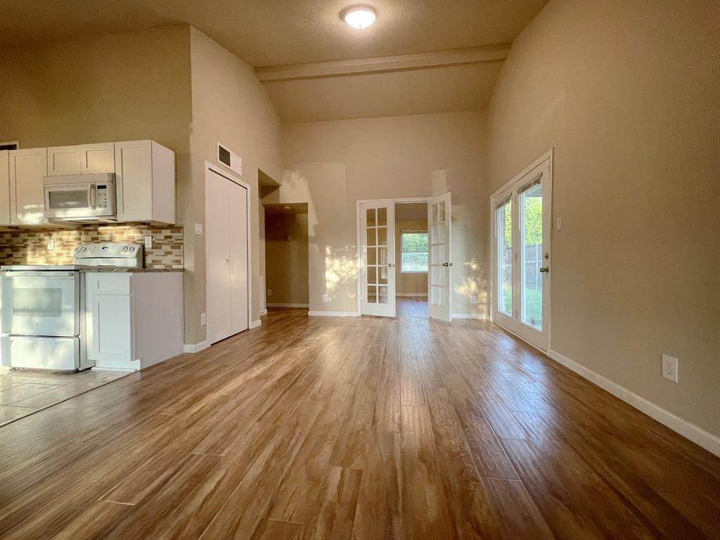 7504 Independence Drive - Photo 1