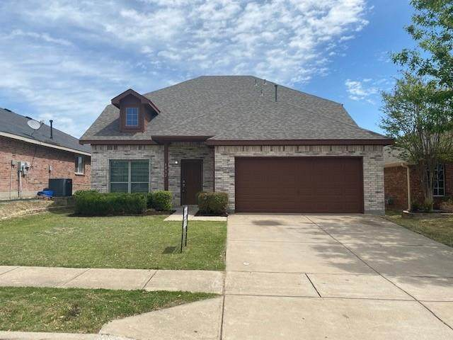 6052 Horn Cap Drive, Fort Worth, TX 76179 (MLS #14550760) :: Maegan Brest | Keller Williams Realty