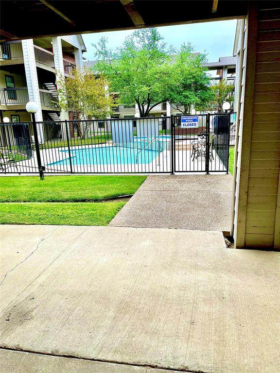 218 N Texas Boulevard #111, Denton, TX 76201 (MLS #14559864) :: Team Tiller
