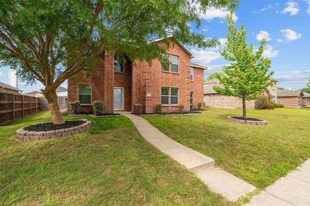 2805 Sutters Mill Way - Photo 1