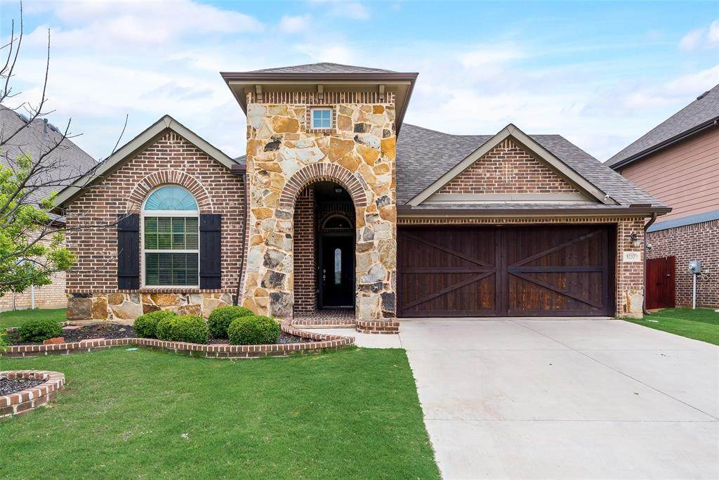 8233 Whistling Duck Drive - Photo 1