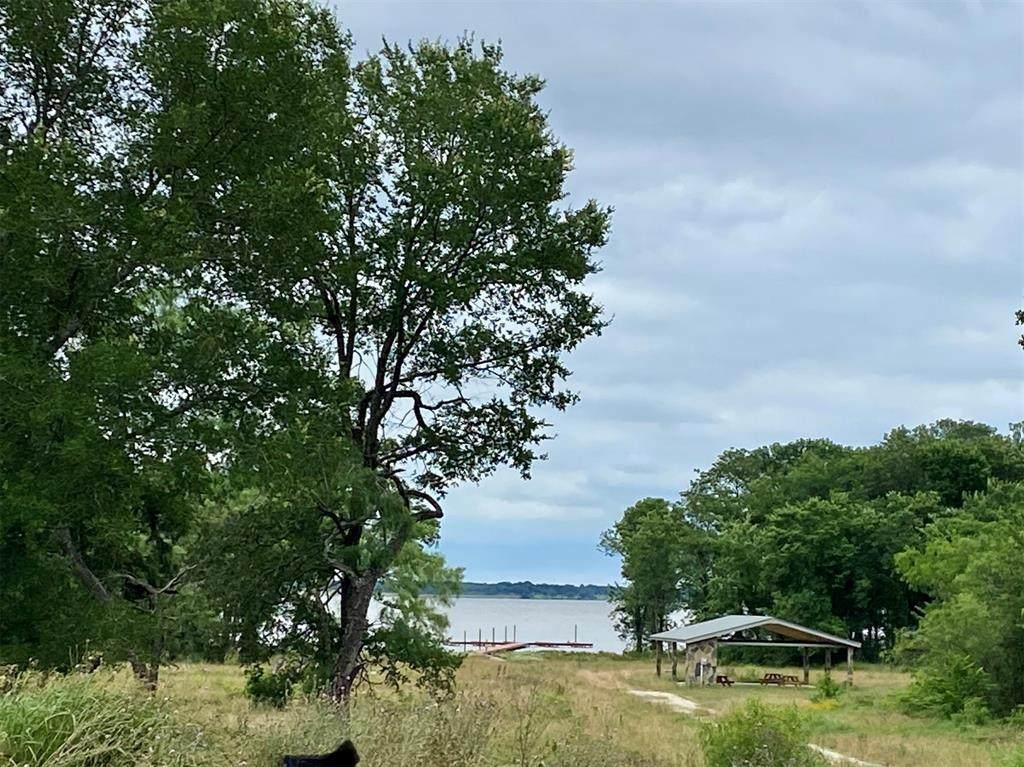 9524 Shoreline Court - Photo 1