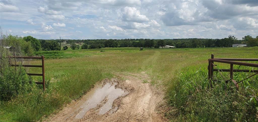 1682 County Road 3672 - Photo 1