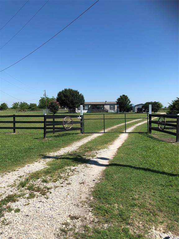 8732 Private Road 3842, Quinlan, TX 75474 (MLS #14601744) :: 1st Choice Realty