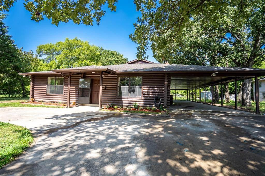 1121 Red Oak Drive - Photo 1