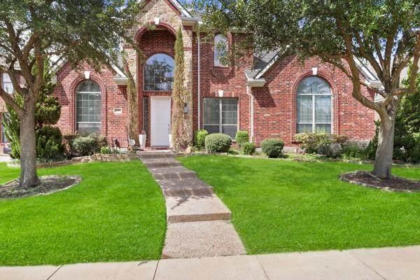 3409 Bear Creek Drive, Hurst, TX 76054 (MLS #14609842) :: Real Estate By Design