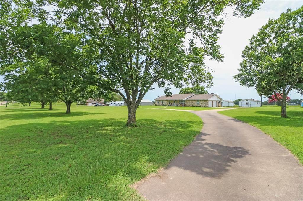 2632 County Road 425 - Photo 1