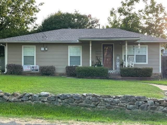 700 Caddell Street, Aubrey, TX 76227 (MLS #14624501) :: Rafter H Realty
