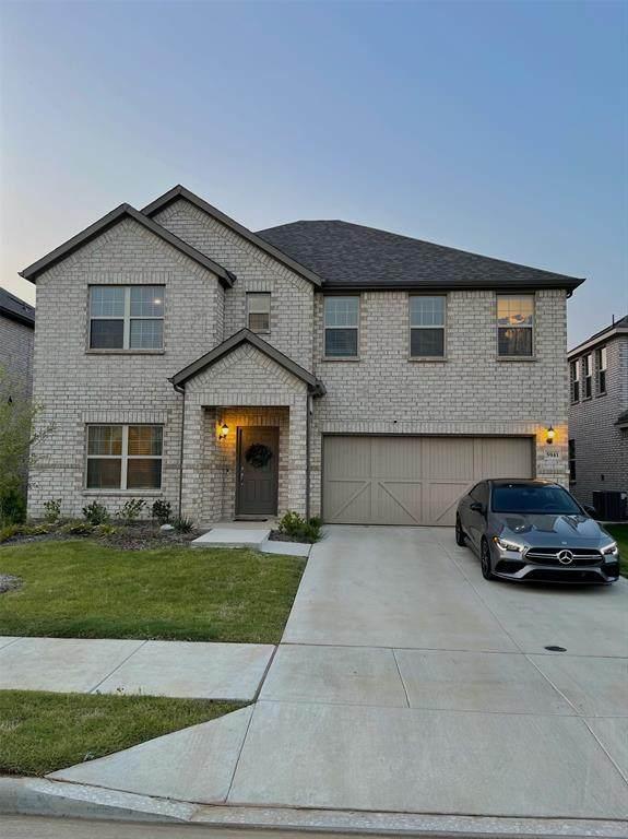 5941 Priory Drive, Aubrey, TX 76227 (MLS #14636714) :: The Mauelshagen Group
