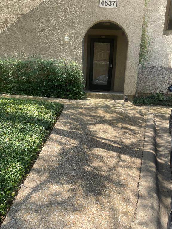 4537 N O Connor Road #1229, Irving, TX 75062 (MLS #14637928) :: The Chad Smith Team
