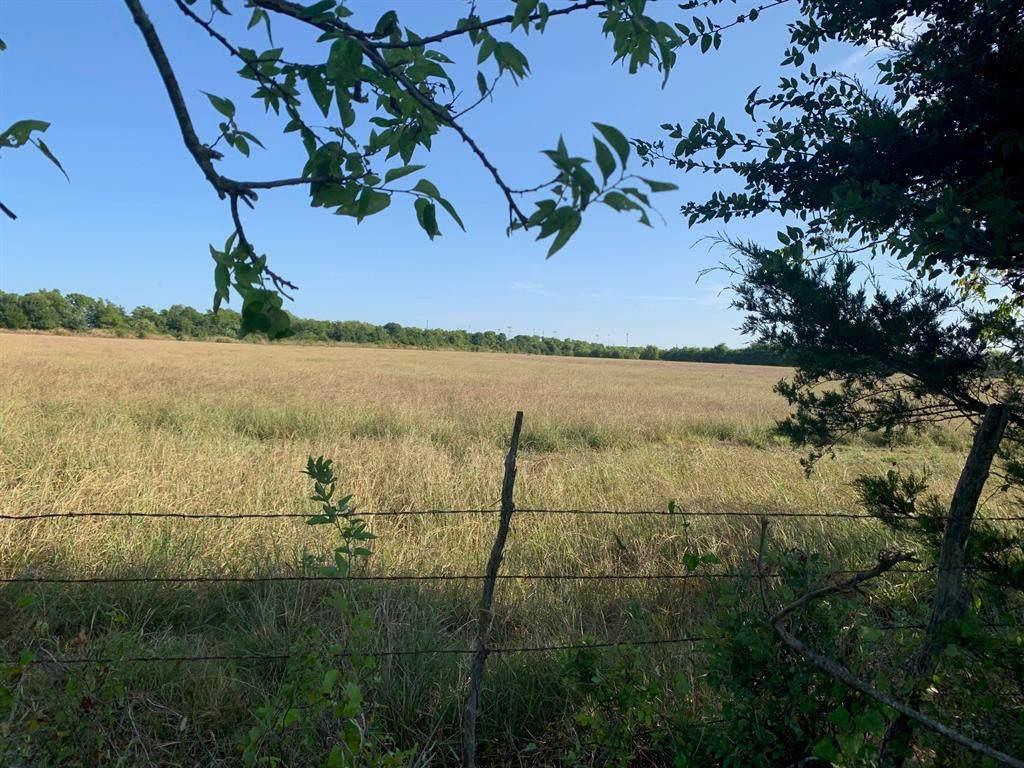 566 Deer Lane - Photo 1