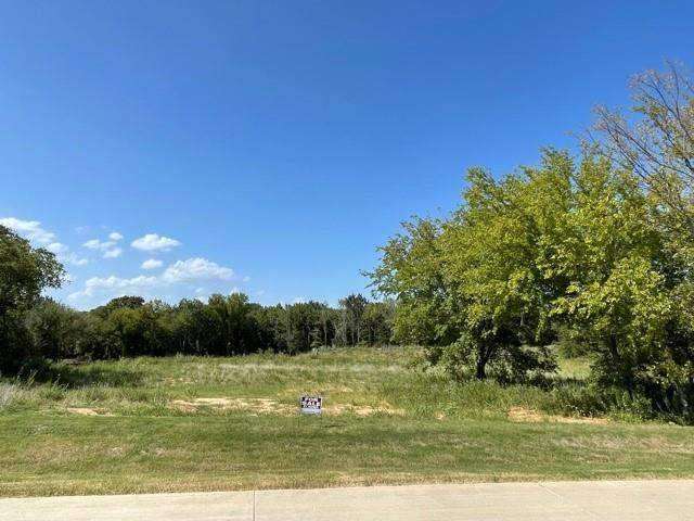 8958 Bloomington Parkway, Flower Mound, TX 75022 (MLS #14652131) :: Robbins Real Estate Group