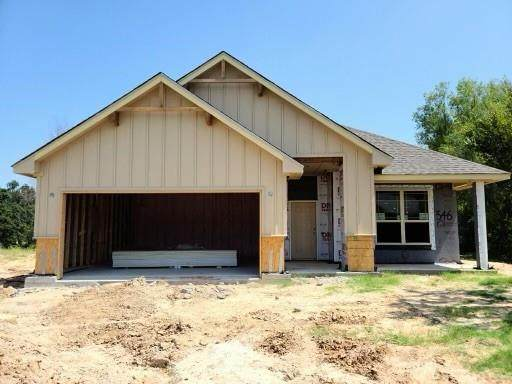 346 Clark Avenue, Weatherford, TX 76085 (MLS #14653452) :: Russell Realty Group