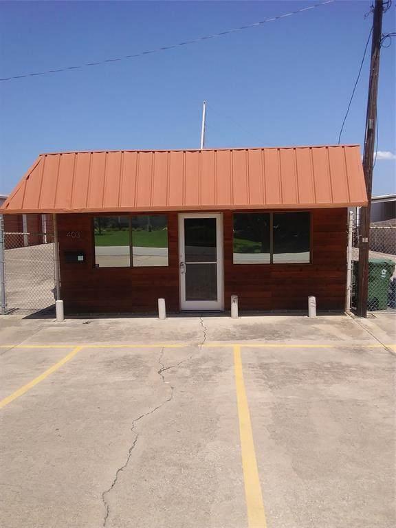 403 E Wall Street, Grapevine, TX 76051 (MLS #14653795) :: KW Commercial Dallas