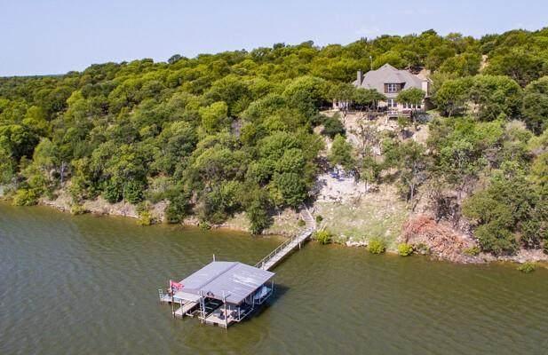 257 Grand Harbor Boulevard, Chico, TX 76431 (MLS #14667572) :: Robbins Real Estate Group