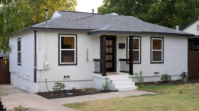 1320 Flanders Street, Dallas, TX 75208 (MLS #14667613) :: Real Estate By Design