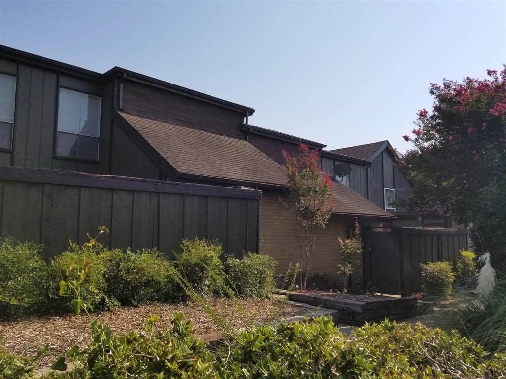4651 Country Creek Drive - Photo 1