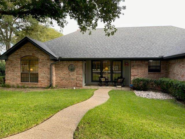 233 County Road 1747, Clifton, TX 76634 (MLS #14678290) :: Real Estate By Design