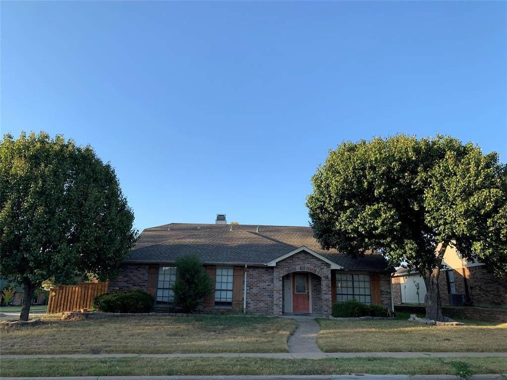 541 Goliad Drive - Photo 1