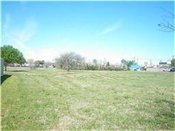 1615 W Irving Blvd W, Irving, TX 75061 (MLS #12121526) :: The Heyl Group at Keller Williams