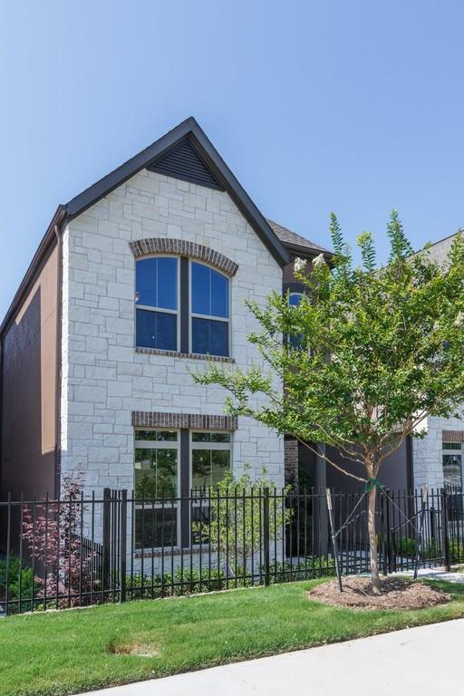 7129 Copperleaf Drive, Dallas, TX 75231 (MLS #13718518) :: Team Hodnett