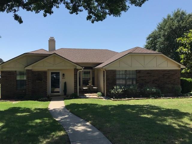 3002 Sierra Drive, Carrollton, TX 75007 (MLS #13855651) :: Magnolia Realty