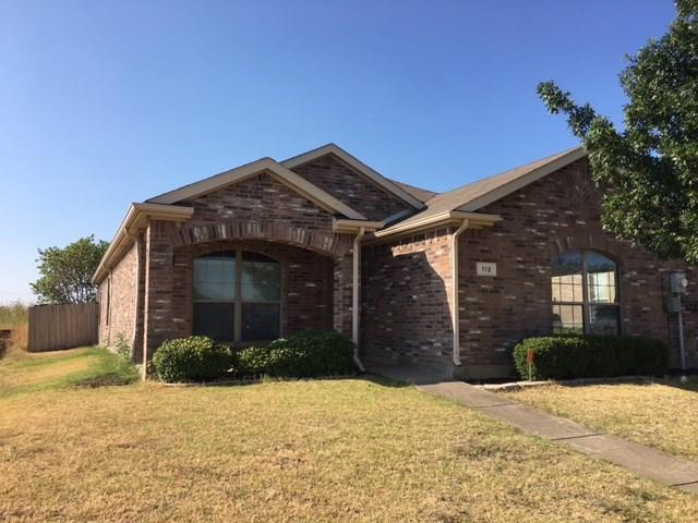 112 Creekside Drive, Sanger, TX 76266 (MLS #13890322) :: Team Hodnett