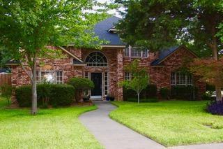 1516 Valerie Drive, Cedar Hill, TX 75104 (MLS #13892039) :: RE/MAX Pinnacle Group REALTORS