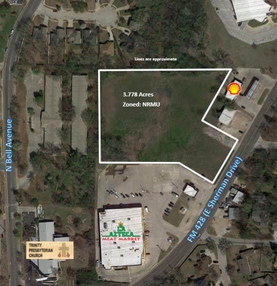 707 E Sherman Drive, Denton, TX 76209 (MLS #13914481) :: The Mauelshagen Group