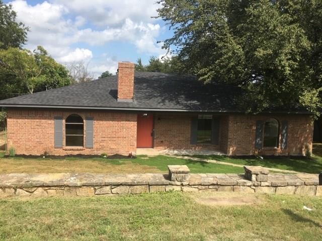 3705 Valley Ridge Drive, Granbury, TX 76048 (MLS #13926305) :: RE/MAX Town & Country