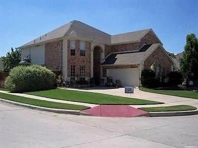 4901 Woodmeadow Drive, Fort Worth, TX 76135 (MLS #14293322) :: Team Tiller