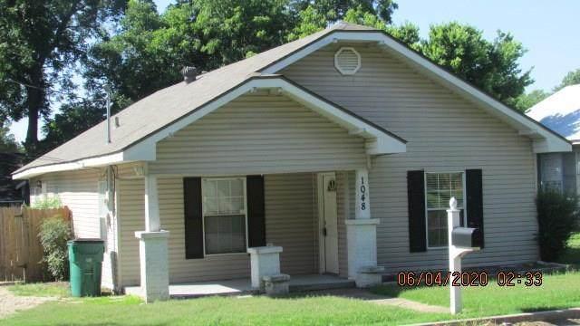 1048 W Mcneil Street, Stephenville, TX 76401 (MLS #14357270) :: Tenesha Lusk Realty Group