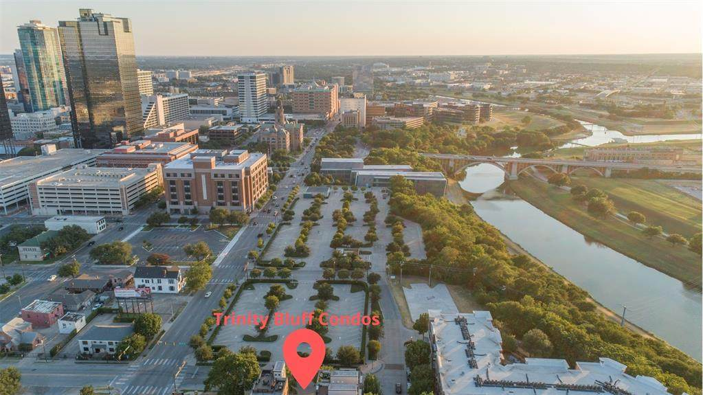 725 Skyline Bluff Court - Photo 1
