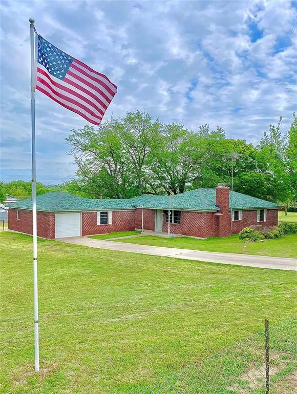 25 Coronado Trail, Weatherford, TX 76087 (MLS #14536637) :: The Mitchell Group