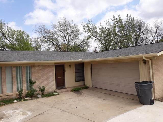 2965 Royal Lane, Dallas, TX 75229 (MLS #14548400) :: Premier Properties Group of Keller Williams Realty