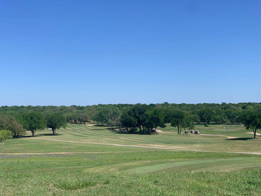 000 Woods Landing Drive - Photo 1