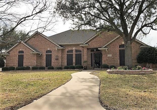 13796 W Riviera Drive, Fort Worth, TX 76028 (MLS #13755110) :: Team Hodnett