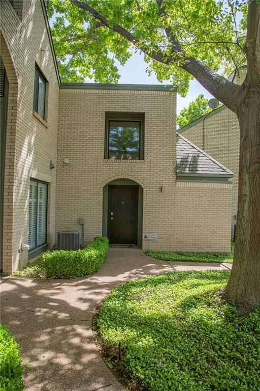 2637 Mccart Avenue, Fort Worth, TX 76110 (MLS #13815528) :: Magnolia Realty
