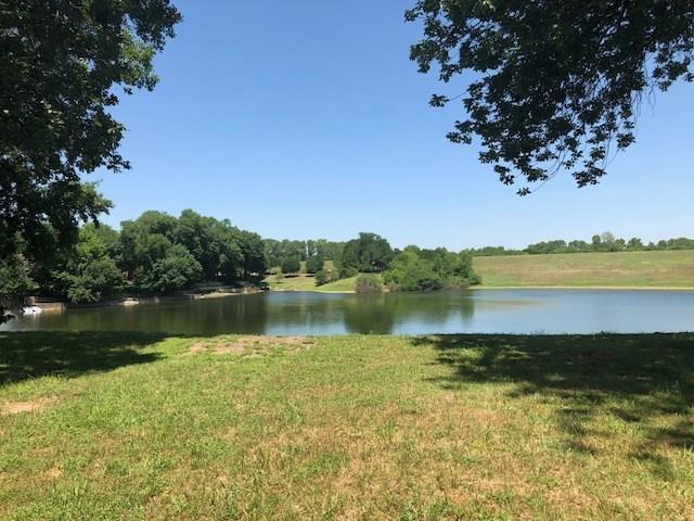 6205 Forest River Drive, Fort Worth, TX 76112 (MLS #13846909) :: North Texas Team | RE/MAX Advantage