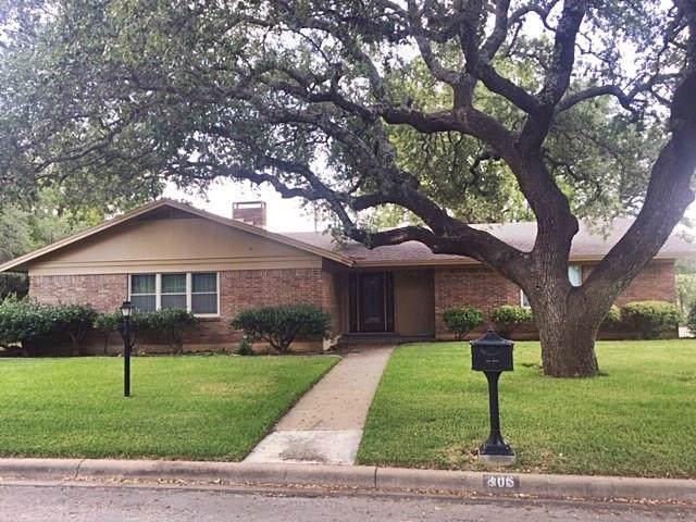 806 Oakpark Drive, Brownwood, TX 76801 (MLS #14196359) :: Lynn Wilson with Keller Williams DFW/Southlake