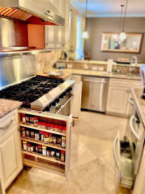 1308 Waterdown Drive, Allen, TX 75013 (MLS #14243247) :: Robbins Real Estate Group