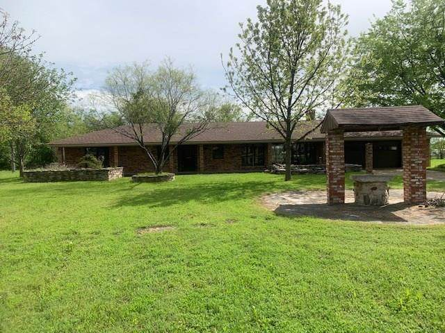 605 Ninth Street, Hico, TX 76457 (MLS #14255840) :: The Kimberly Davis Group
