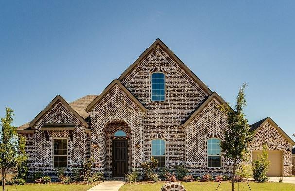 5204 Live Oak Drive, Sachse, TX 75048 (MLS #13834058) :: Kimberly Davis & Associates